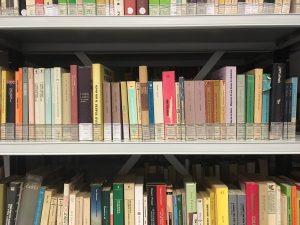 libri scaffale_web